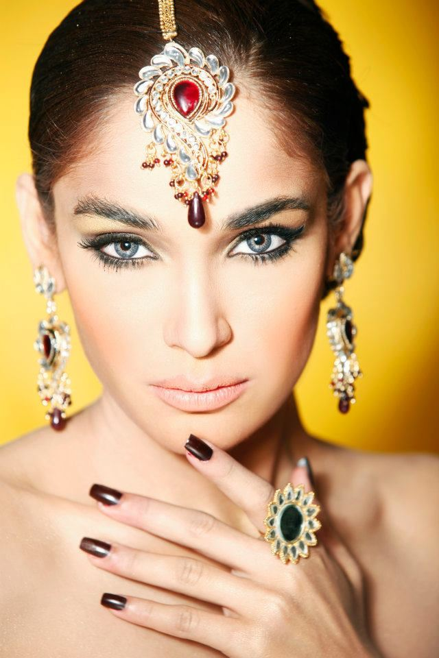 Mehndi Makeup Zara : Zara salon engagement bridal makeup overlook stylecry