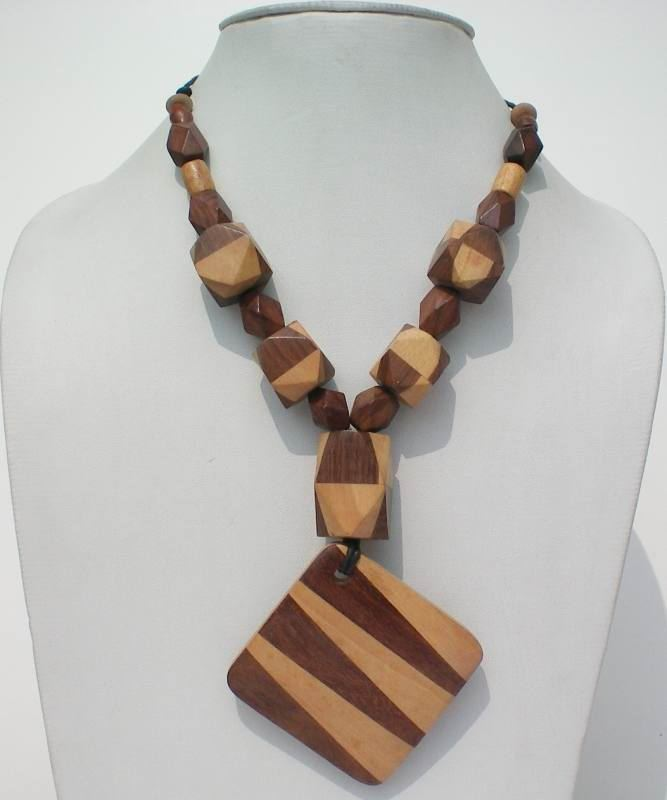 Amazing wooden jewellery