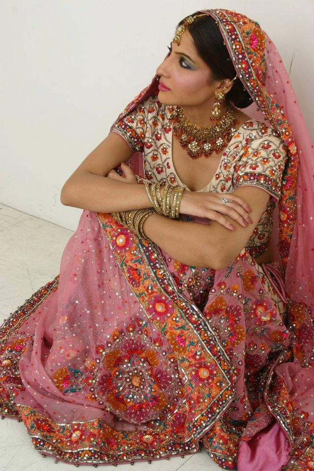 Bridal Lehnga Matching Blouse With Gotta Kanari work
