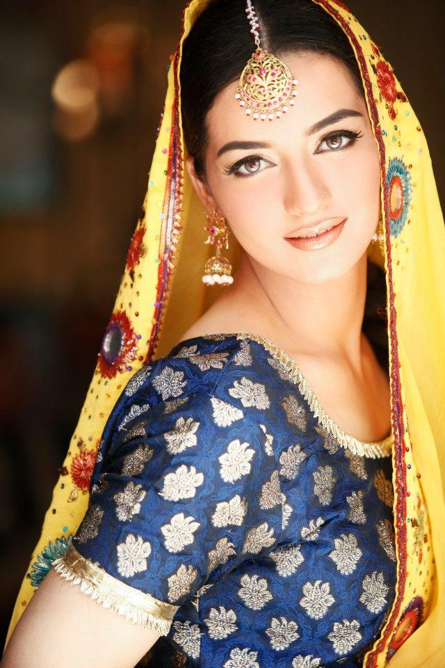 Indian Bridal Kundan Jewelry With Maang Tikka Set 05