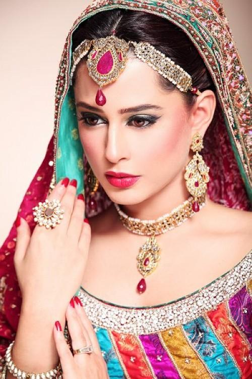 Beautiful And Natural Bridal Make Over