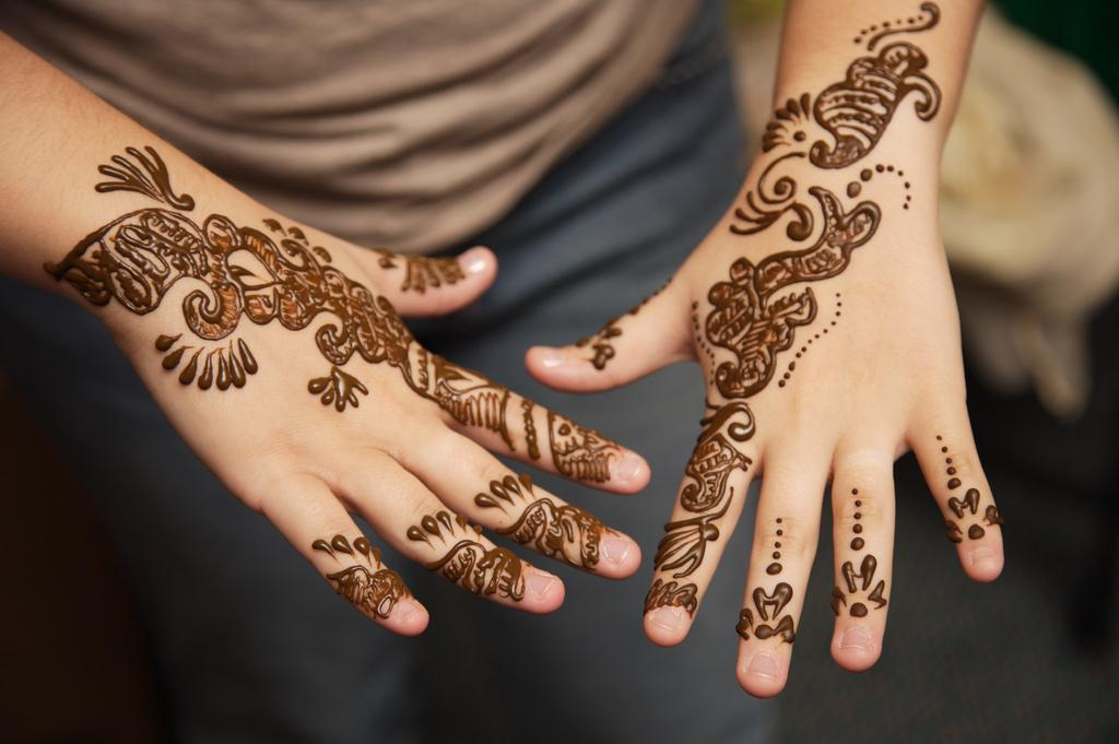 Mehndi Henna Clothes : Hand mehndi beautiful henna designs stylecry bridal