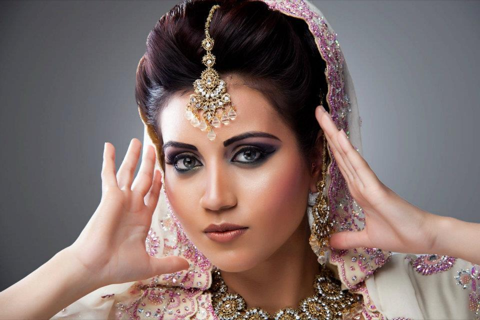 Mehndi Hairstyles For Brides : Bridal hairstyle and makeover by nikah beauty mehndi mua