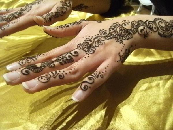 Mehndi Hand Name : The mehndi design tattos henna art bridal modern stylish
