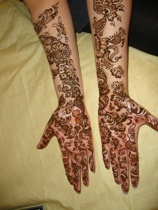 Arpita Mehndi Ceremony : Full hand and arm bridal mehndi designs by arpita