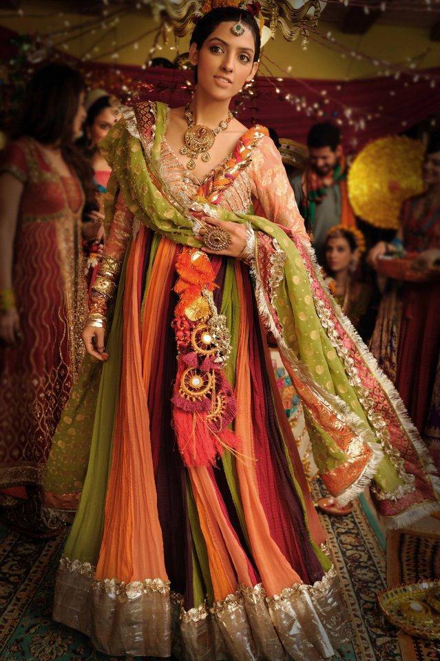 Mehndi Dresses By Maria B : Mehndi dresses by maria b in pakistan sharara nomi