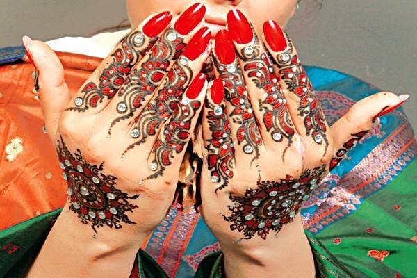 Mehndi Designs | FashionStyleCry: Bridal Dresses, Women Wear